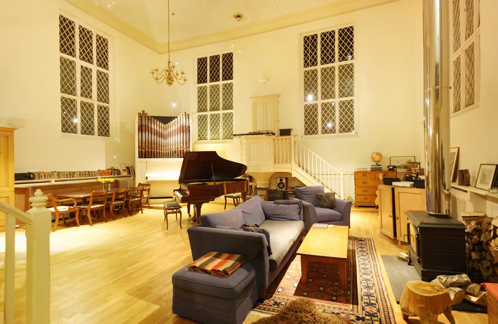 The Grand Chapel - Live Room